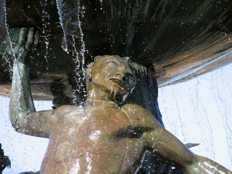 Tritonbrunnen - ganz nah
