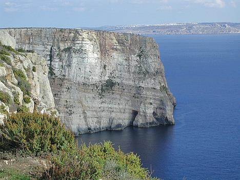 Gozo-Cliffs