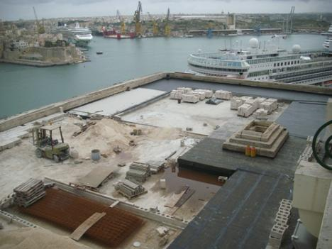 Saluting Battery under Construction