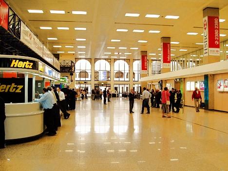 malta-international-airport-arrival.jpg
